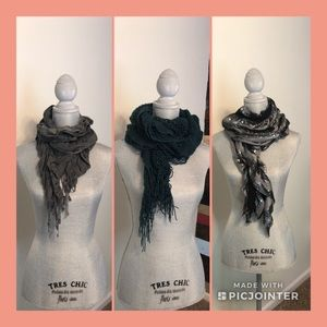 Accessories - Scarf bundle of 3!